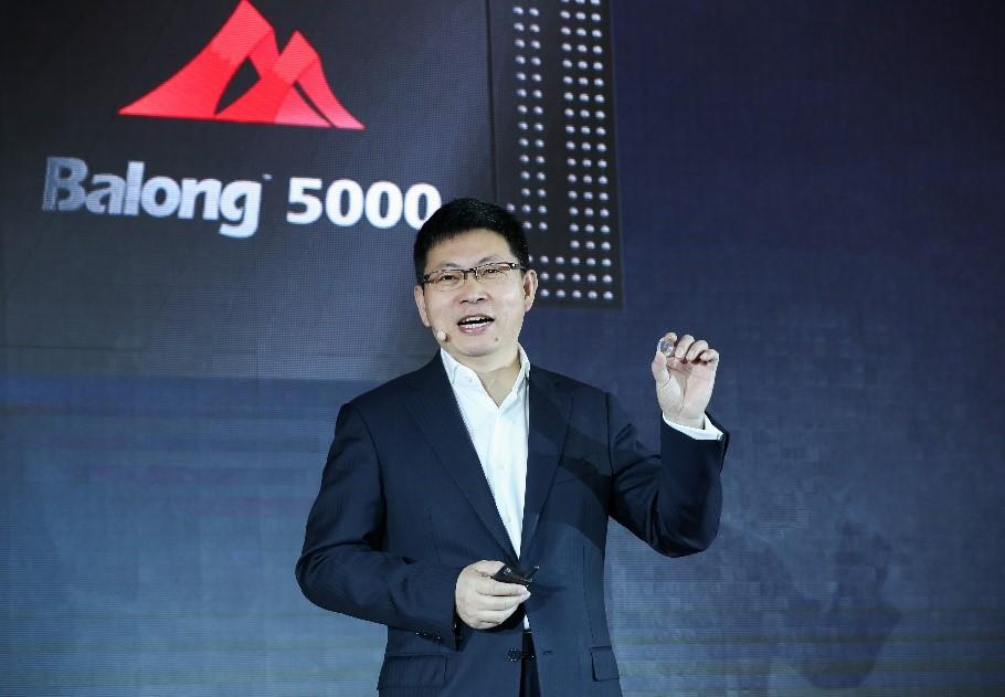 هواوي تطلق رقاقة Balong 5000 للجيل الخامس وجهاز Huawei 5G CPE Pro